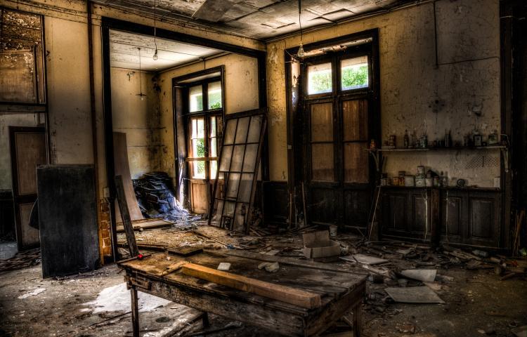 Как признать дом аварийным и непригодным для проживания