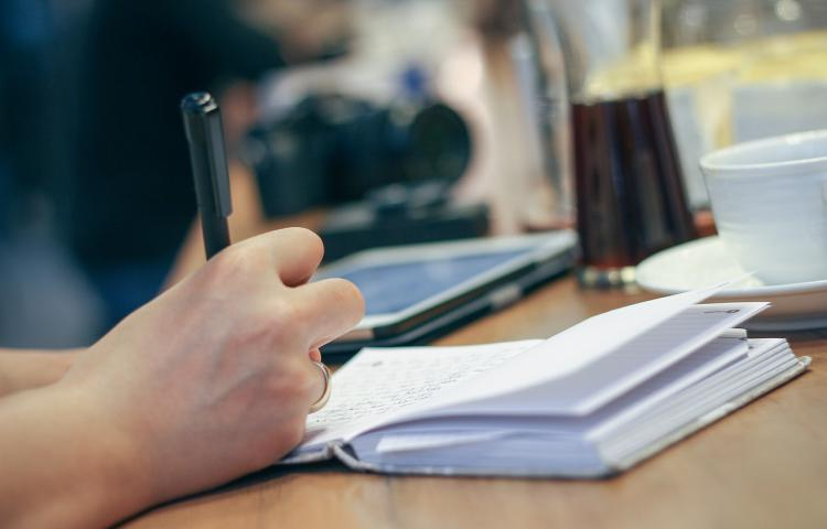 Гарантийное письмо о приеме на работу: образец, бланк и